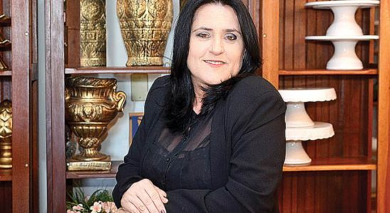 Andréa Flor Decora