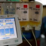 x88688072_Bags-are-filled-with-convalescent-plasma-donated-from-Daiana-Woloszczuk-34-who-has-recovere.jpg.pagespeed.ic.R8S3Im2tvi